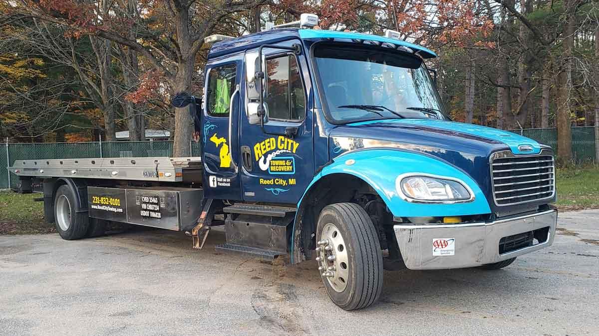 Towing Midland, MI   Roadside Assistance